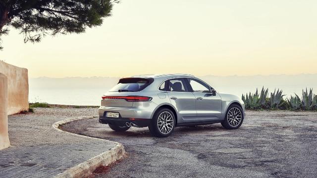 2021 Porsche Macan exterior