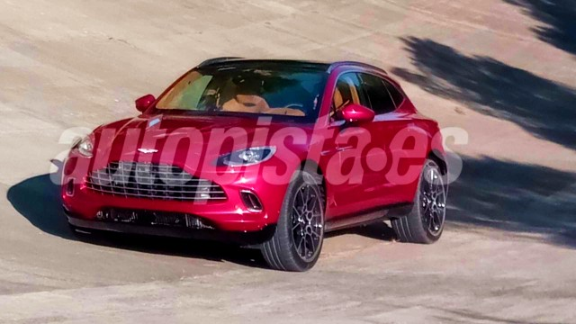 2021 Aston Martin DBX spy shots