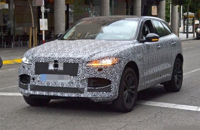 2021 Jaguar F-Pace front