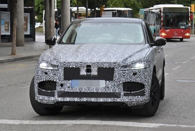 all-new 2021 jaguar f-pace spied testing   2021 new suv