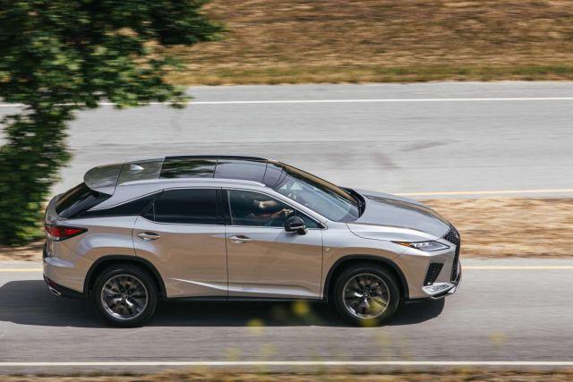 2021 Lexus RX350 side