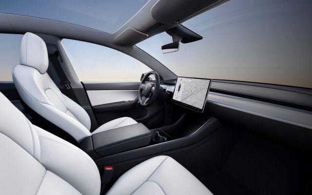 2021 Tesla Model Y interior