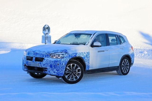 2021 BMW iX3 side