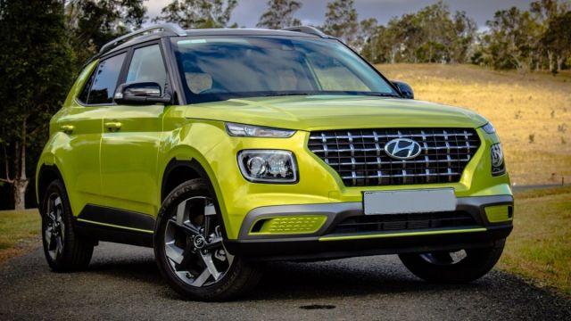 2021 Hyundai Venue front