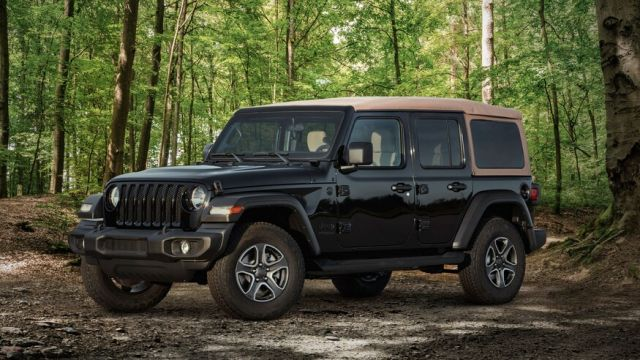 2021 Jeep Wrangler Unlimited side