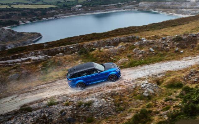 2021 Land Rover Range Rover Sport side