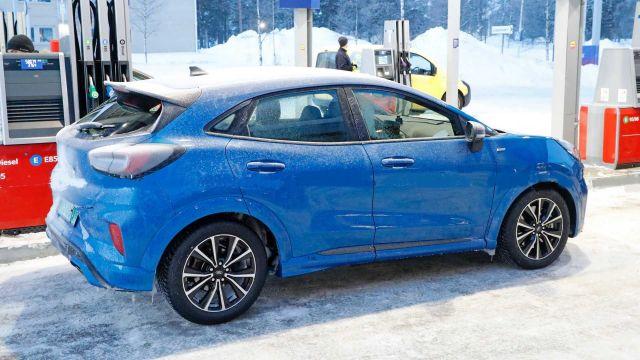 2021 Ford Puma ST side