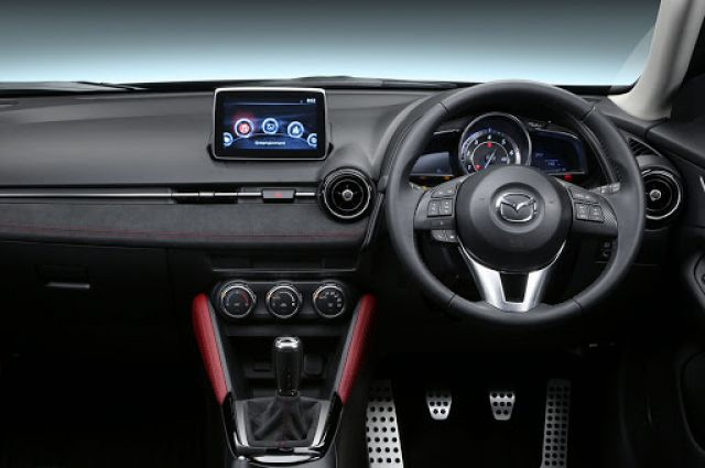 2021 Mazda CX-3 interior look