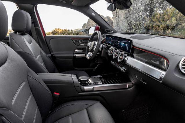 2021 Mercedes-AMG GLB cabin