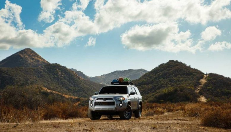 2021 Toyota 4Runner Trail front