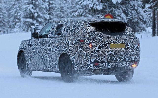 2022 Land Rover Range Rover rear