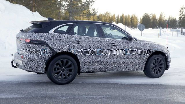 2021 Jaguar F-Pace side
