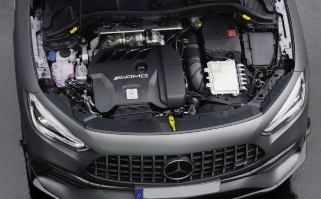 2021 Mercedes-AMG GLA 45 engine