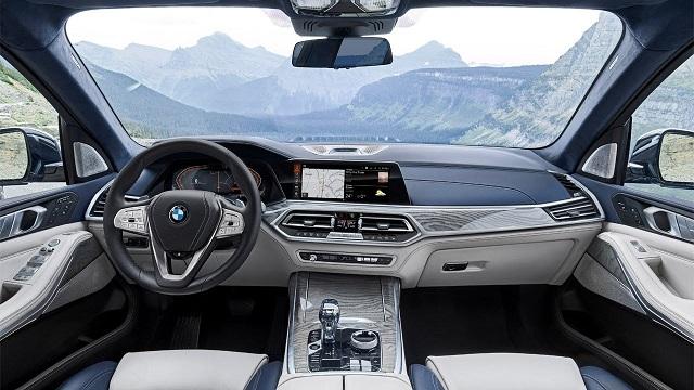2021 BMW X7 cabin