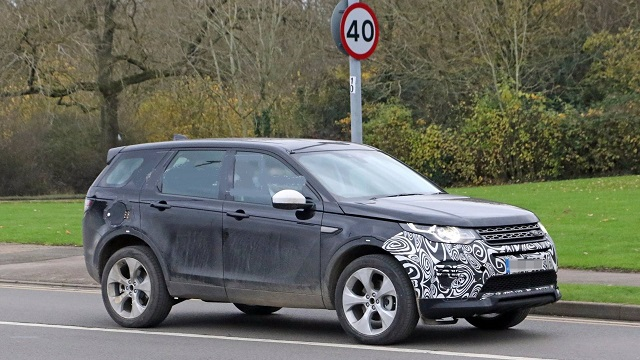 2021 Land Rover Discovery Sport side