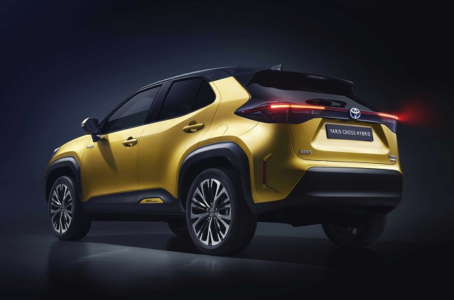2021 Toyota Yaris Cross rear