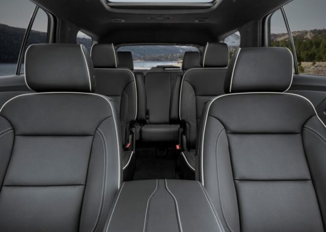 2022 Chevrolet Traverse seats