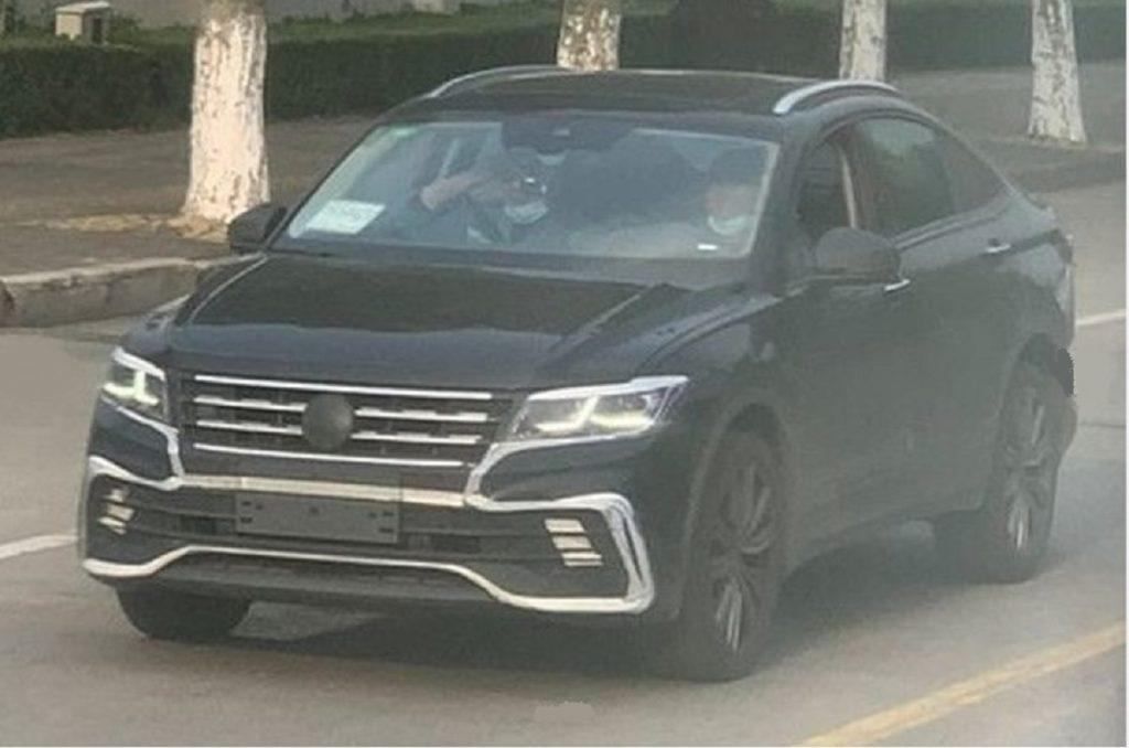 2022 Volkswagen Tiguan X Coupe front