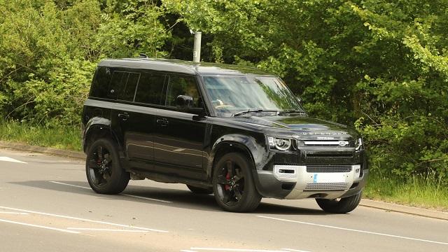 2021 Land Rover Defender SVR