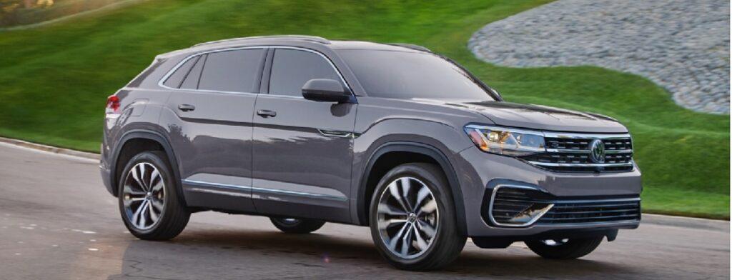 2021 VW Atlas Cross Sport front