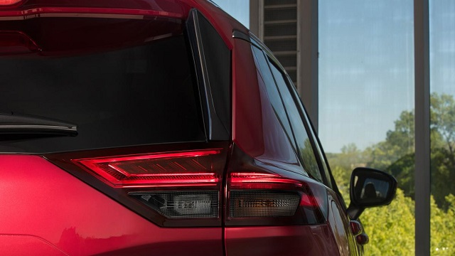 2022 Nissan X-Trail rear