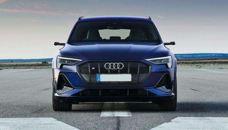 2021 Audi E-Tron S front
