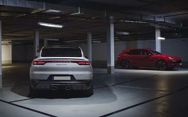 2021 Porsche Cayenne GTS rear