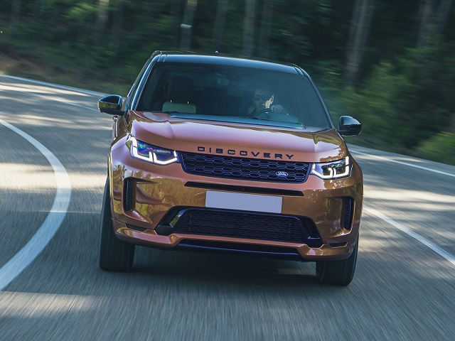 2021 Land Rover Discovery Sport front