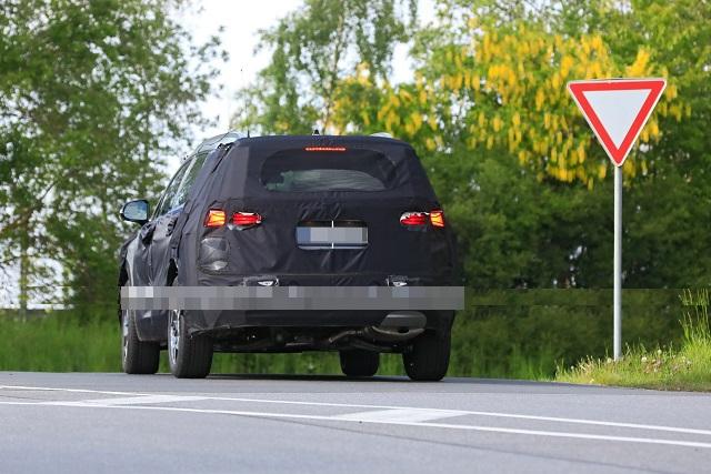 2022 Hyundai Santa Fe spied
