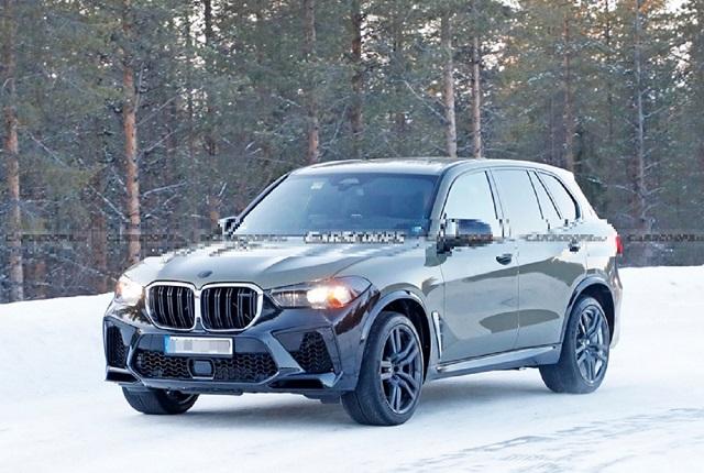 2022 BMW X5 front
