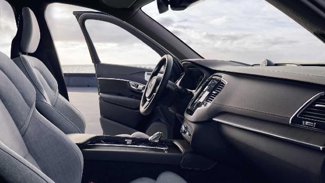 2022 Volvo XC90 cabin look