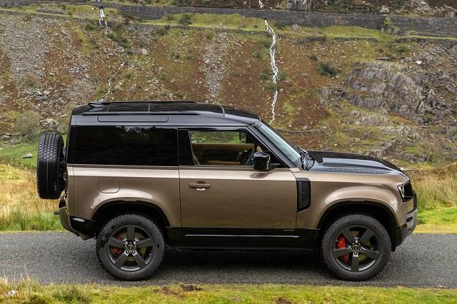 2022 Land Rover Defender side