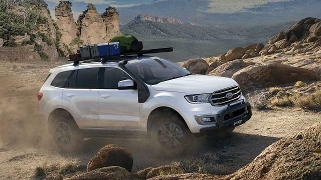 2022 Ford Everest side
