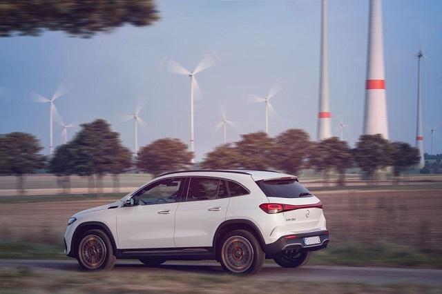 2022 Mercedes-Benz EQA rear
