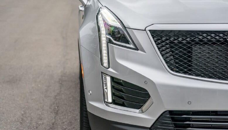 2022 Cadillac XT5 front