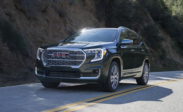 2022 GMC Terrain side