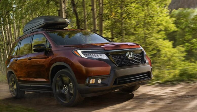 2022 Honda Passport front
