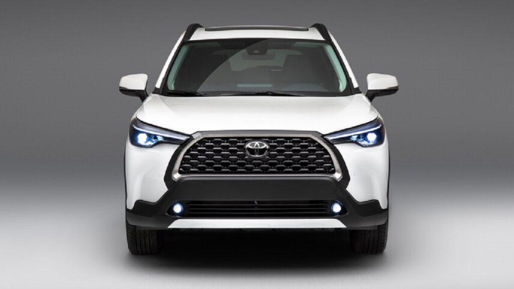2022 Toyota Corolla Cross front