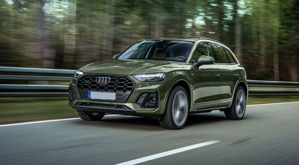 2023 Audi Q5 front