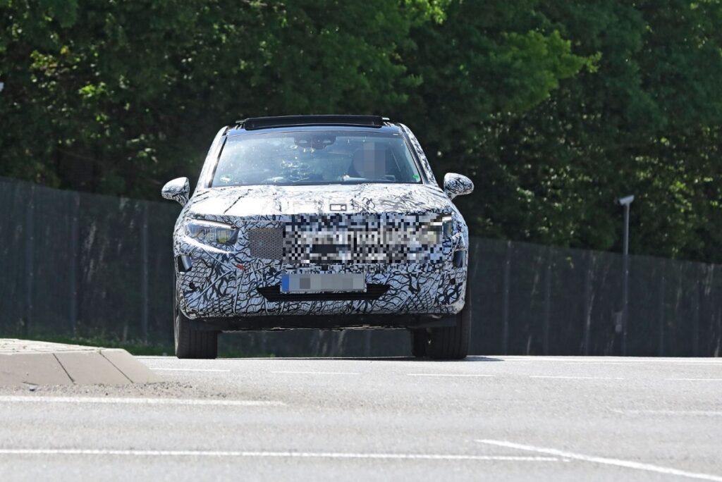 2023 Mercedes-Benz GLC FRONT