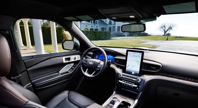 2023 Ford Explorer interior