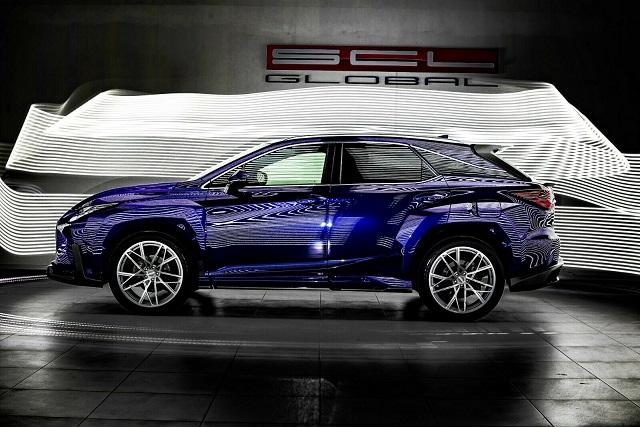 2023 Lexus RX side