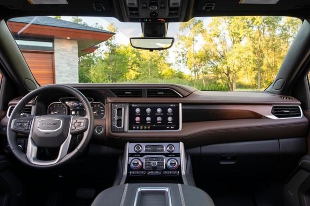 2023 GMC Yukon interior